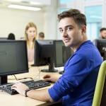 Studia informatyczne – plusy i minusy kierunku